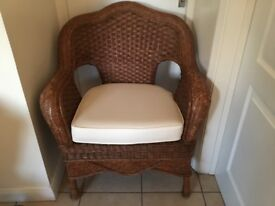 Large Whicker chair