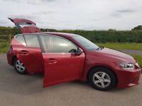Lexus CT200h Hybrid 35,000 red Automatic 2014 70+MPG