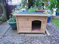 Barkshire Traditional Flat Topped Dog Kennel