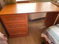 Desk from Elite Bedding