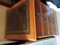 Wooden cabinet - lockable