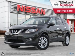 2015 Nissan Rogue SV ONE Owner! Moonroof! ALL Wheel Drive!