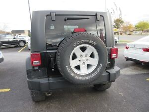 2010 Jeep Wrangler MOUNTAIN Trailrated 4X4 ($79 WKLY. 2 Doors, m Gatineau Ottawa / Gatineau Area image 5