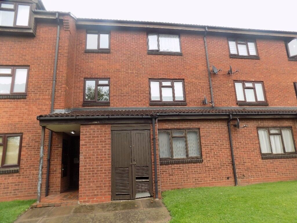 NEWLY REFURBED. ONE BED FLAT. PERFECT FOR FIRST