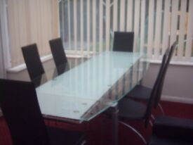 Contemporary Lazio Glass Extending Dining Table and Chairs for sale