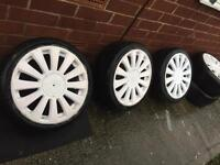 Rs8 alloys in white