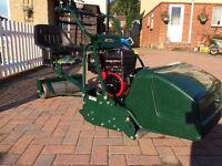 Atco Royale 24E I/C. Cylinder ride on mower ,LIKE NEW