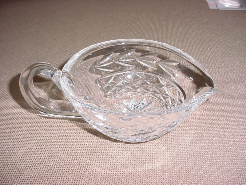 WATERFORD CRYSTAL GLANDORE GRAVY SAUCE BOAT 7x5 INCH W/3INCH HANDLE CLEAR