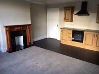 2 furnished rooms in refurbished flat