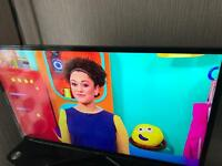 "SAMSUNG 40"" SMART TV 3D IN GOOD WORKING CONDITION"