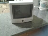 Portable 10 inch screen tv