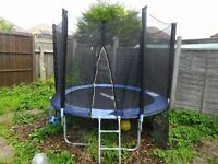 10ft TRAMPOLINE AND ENCLOSURE £60