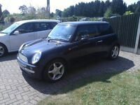 Mini Cooper in immaculate condition; high spec; 3 former owners; MOT Feb 2017; Service June 2017