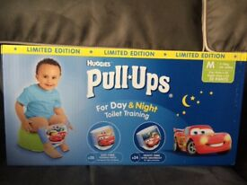 Huggies boys size medium toilet training pull ups 104 in total day and night pants worth £40