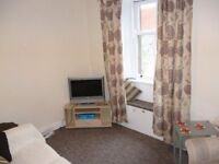 A comfy 2 bedroom flat, fully furnished, quiet and secure yet right next to Dumfries town centre