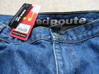 BRAND NEW PAIR OF RED ROUTE KEVLAR MENS MOTORBIKE JEANS