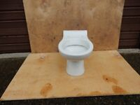 Armatige Shanks WC. New