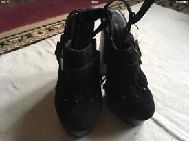 New look ladies high heels shoes black size 3/36 new £4