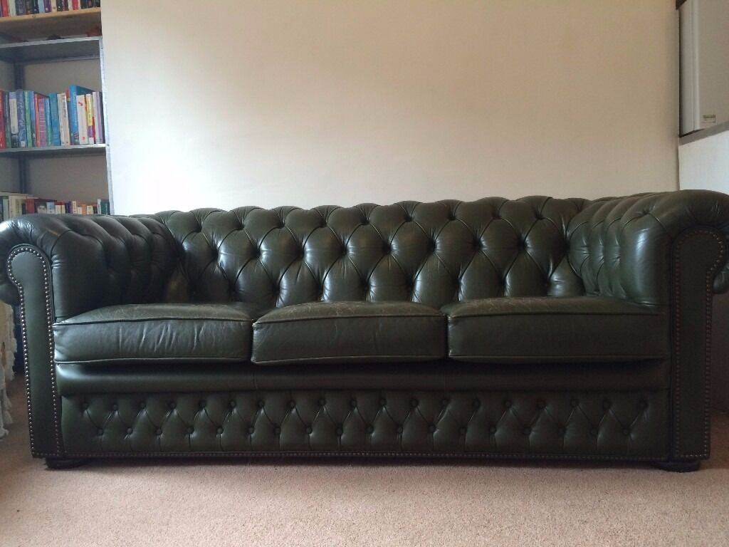 stunning green leather chesterfield sofa in west end glasgow gumtree. Black Bedroom Furniture Sets. Home Design Ideas