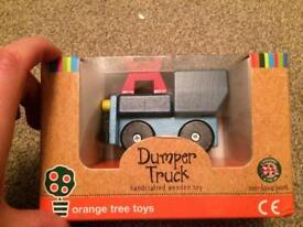 Wooden dumper truck