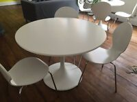 White round Desk and Chairs (Office and Home)