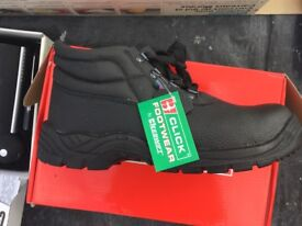 SAFETY BOOTS SIZE 10 BRAND NEW