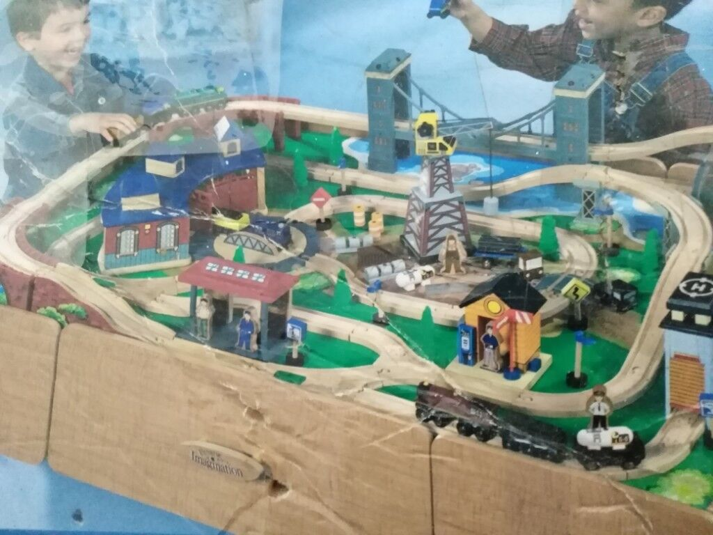 Toys R Us Train Set And Table 55 Ono