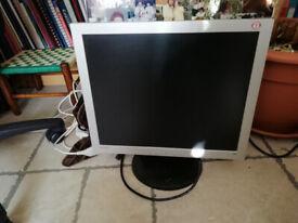 Samtron Monitor for computer, 38cm x 30.5cm VGA connection.