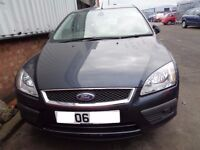 BREAKING --- Ford Focus Ghia 115 1.6L Petrol 116BHP -----2006