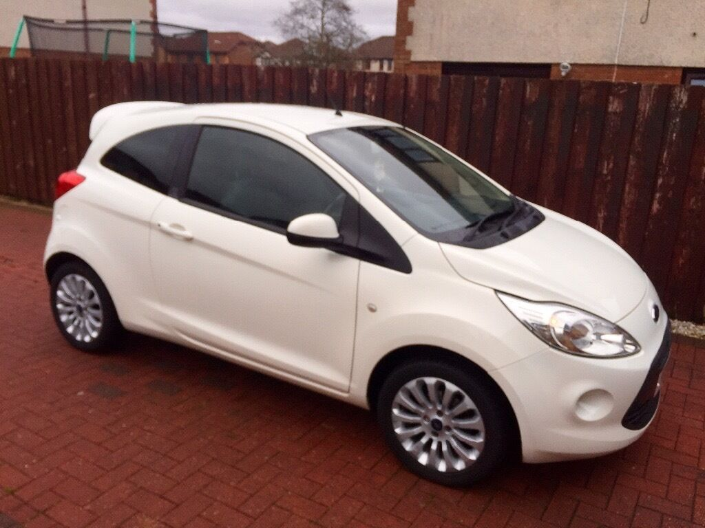 White Ford Ka Zetec Edition   Car Low Mileage