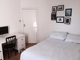 Spacious double room with own bathroom