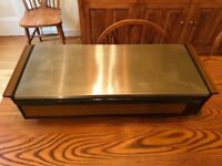 Hot buffet food server with plate warmer compartment. Excellent condition