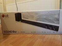 LG SJ3 2.1Ch 300W Bluetooth Sound bar with Wireless Sub