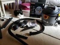 Titan wet/dry vacuum cleaner TTB350VAC