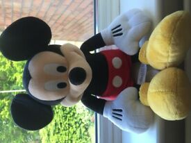 """Large guide Disney store Plush Mickey Mouse teddy 12"""""""