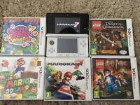Nintendo 3DS Ice White Console, memory card , 5 games