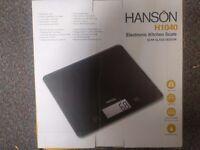 Hanson H1040 Sensitive Kitchen Scale Black 5Kg