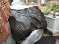 BROWN LEATHER OFF CUTS. TOTAL WEIGHT = 7KGS. LARGE PIECES. VERY GOOD CONDITION.