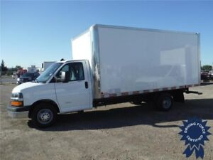 2016 Chevrolet Express 4500 - 16 Ft Cube Van, Bluetooth - Cruise