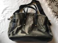 Atmosphere ladies shoulder bag green zipper used £3