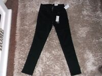 BRAND NEW EVERMORE HIGH RISE BLACK SKINNY JEANS SIZE 10/12
