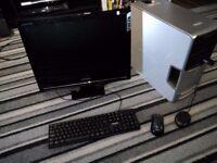 Dell Dimension E520 PC + Samsung 22inch LCD TV monitor