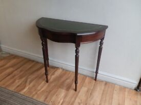 Antique Style Serpentine Mahogany Side Table Occasional Table / Desk with a green leather inlay