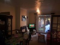 Lovely 2Bed First Floor Flat is Available in Sevenkings