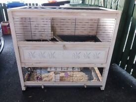 large deluxe 2 tier rabbit hutch