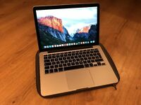 MacBook Pro 13inch Laptop, Dual Core i7, 256G SSD, Retina Display (Apple)