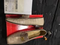 SHOES FOR SALE (NEW)