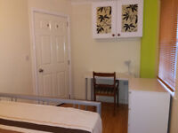 Double Room + Showers To Let In Christchurch - Airport + NHS Bournemouth
