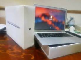 AS NEW APPLE MACBOOM AIR 8GB i5 SSD BOXED LAPTOP CAN DELIVER PX