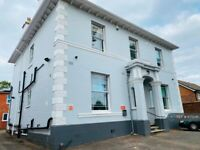 1 bedroom in Warwick New Road, Leamington Spa, CV32 (#675041)